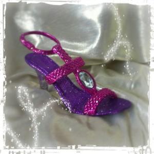 Domestic Diva: Pink heels