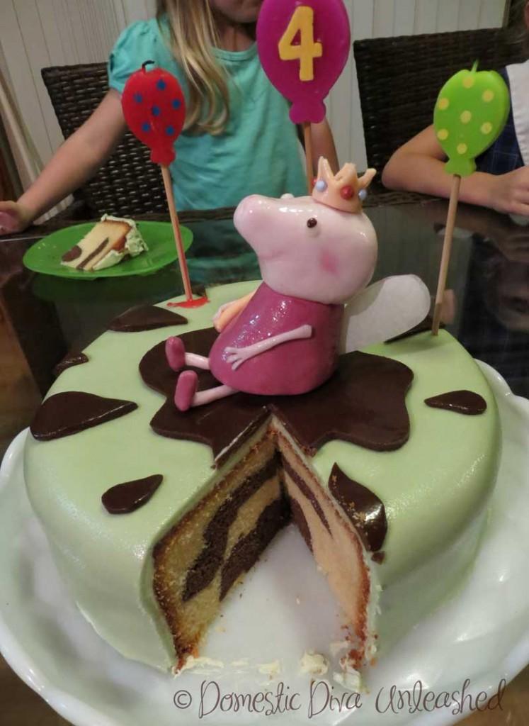 Peppa Pig Cake Cut