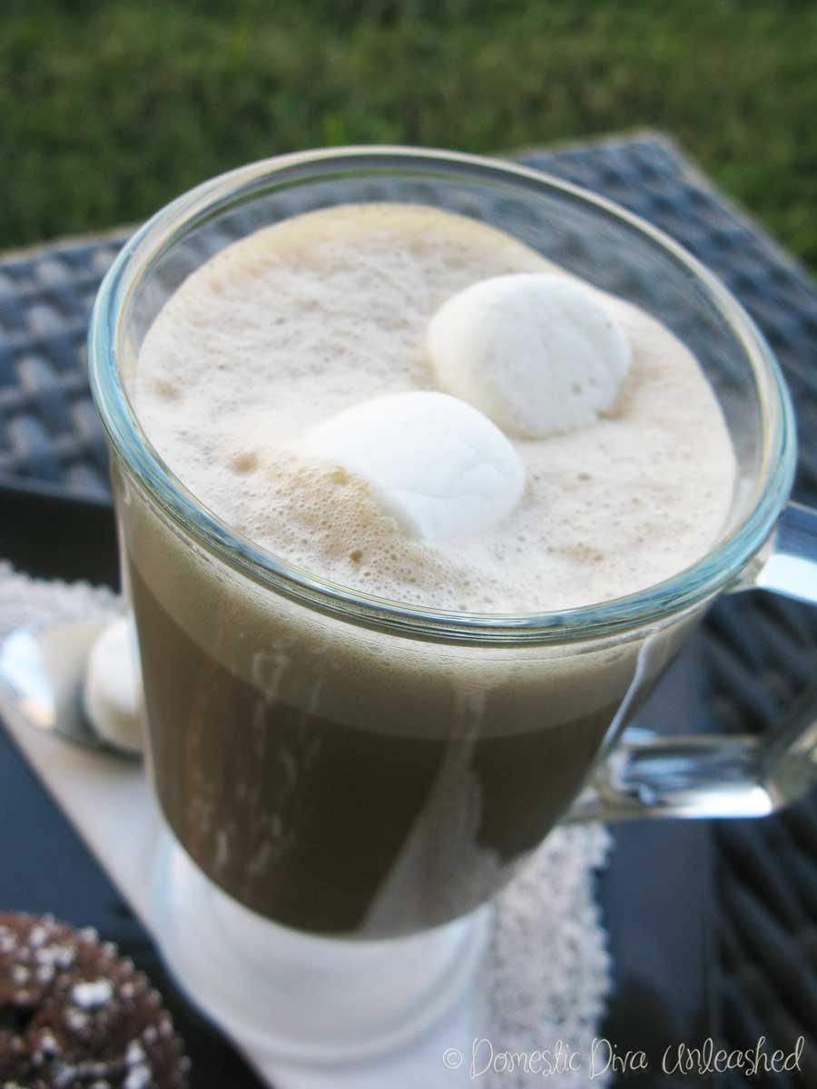 Hot Carob & Cashew Drink with Marshmallows