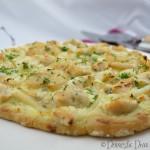 Domestic Diva: Creamy Garlic Chicken and Seafood Pizza