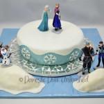 Domestic Diva: Frozen Birthday Cake